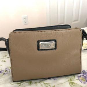 Nine West side bag